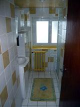 Apartments la plage verte for Salle de bain verte